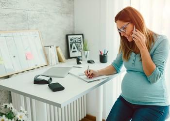 Congé maternité unique : quels changements pour les auto-entrepreneuses ?